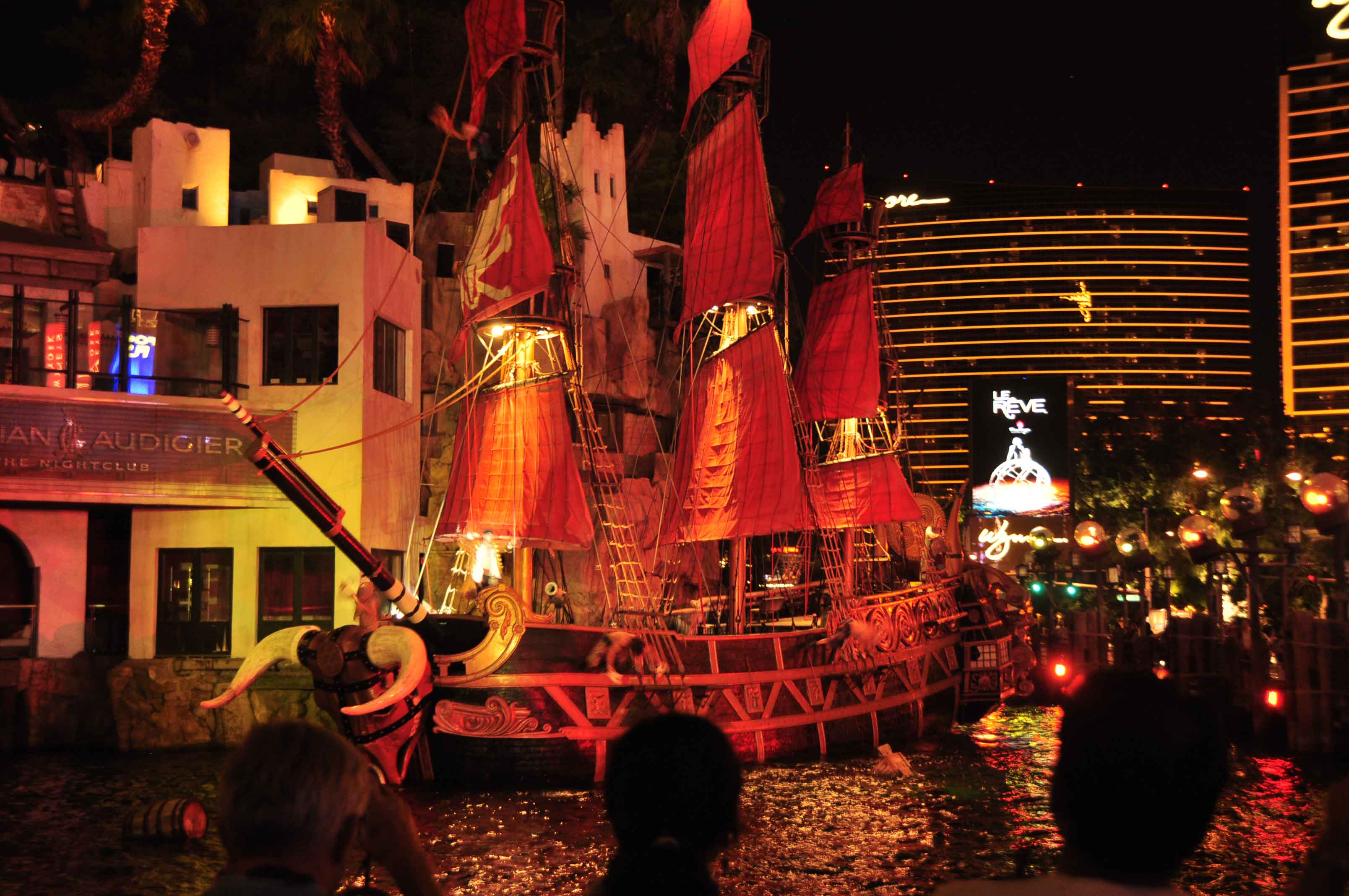 Treasure Island Las Vegas Pirate Show
